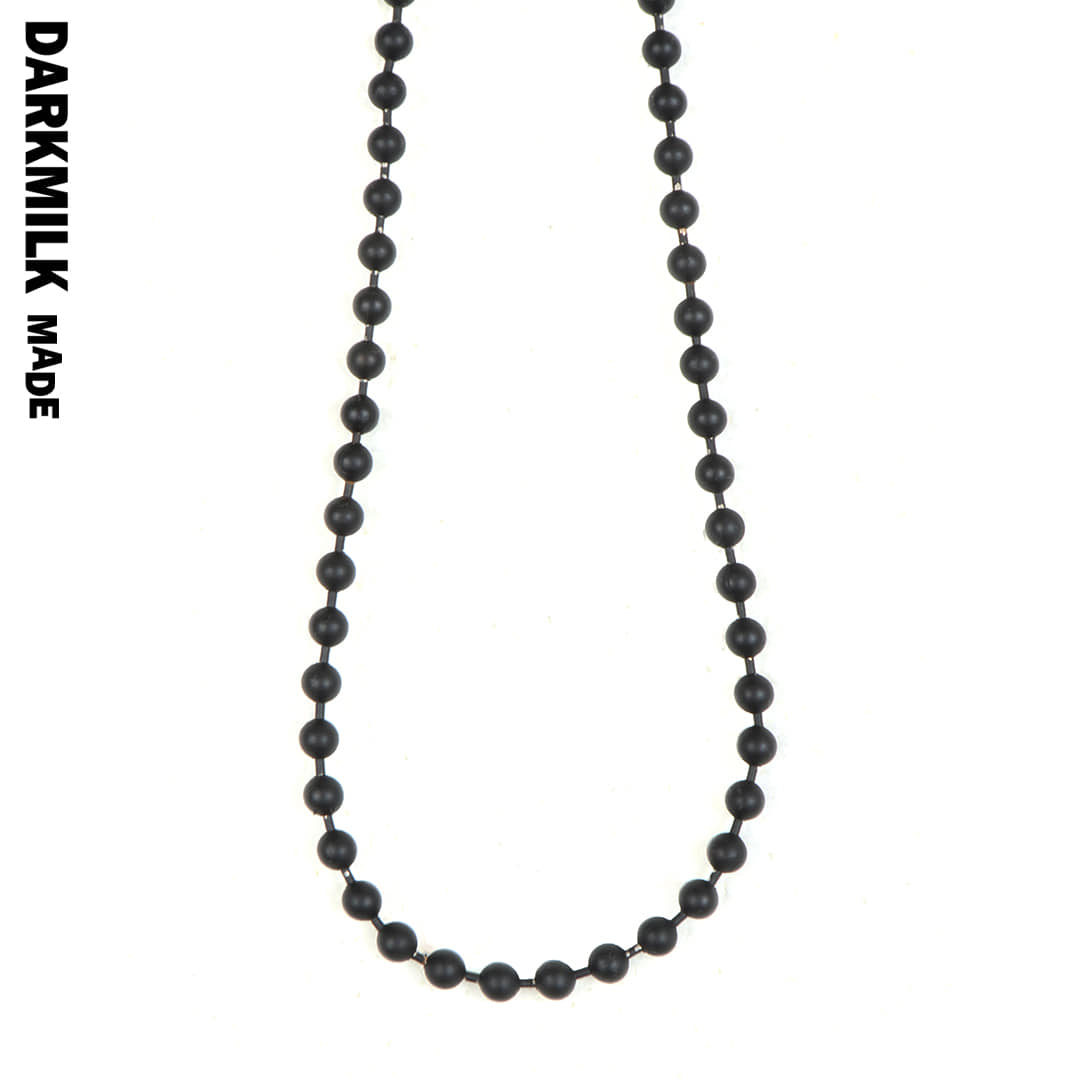 Matte_Black Ball Necklace