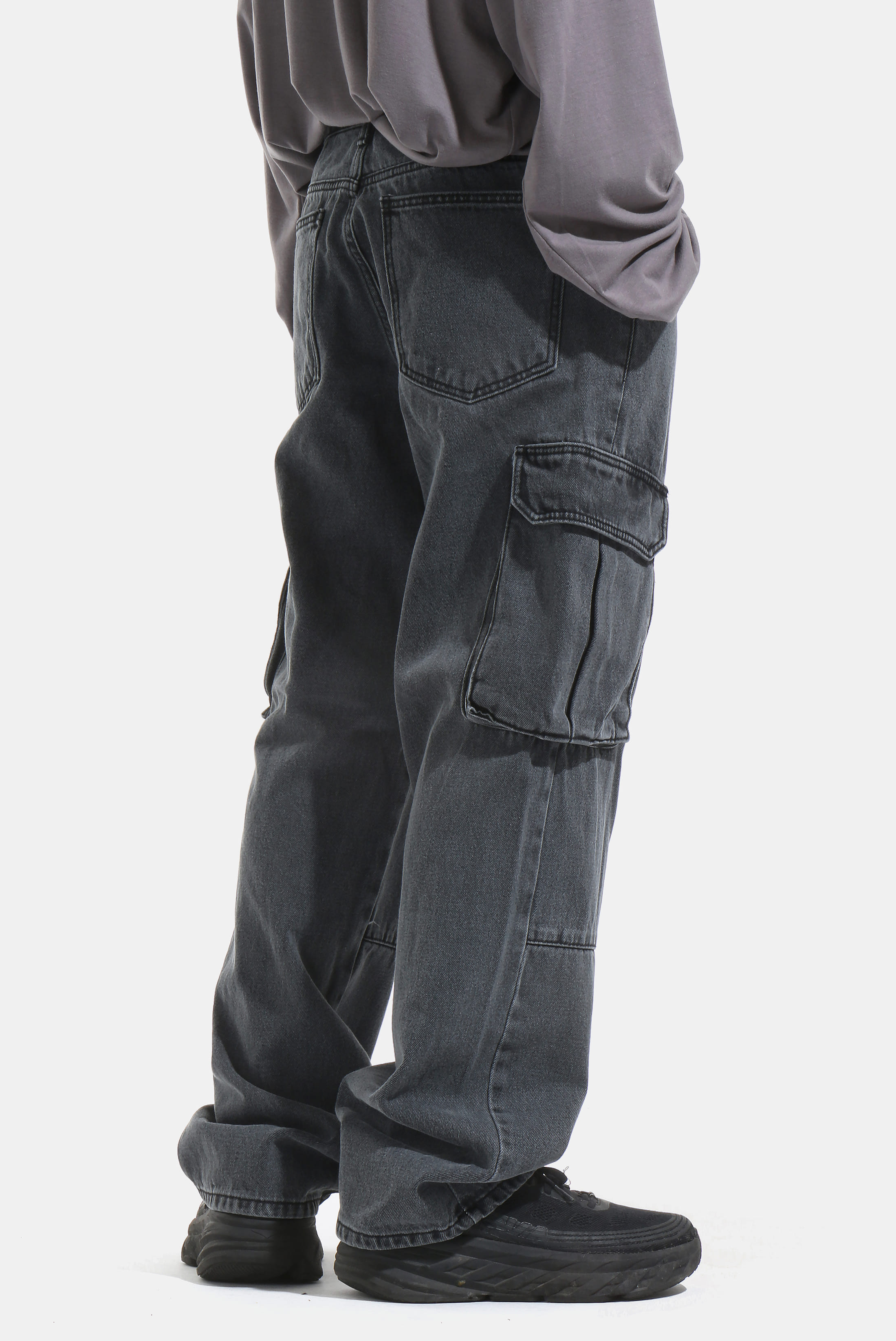 Dark_Black Cargo Denim_Pants