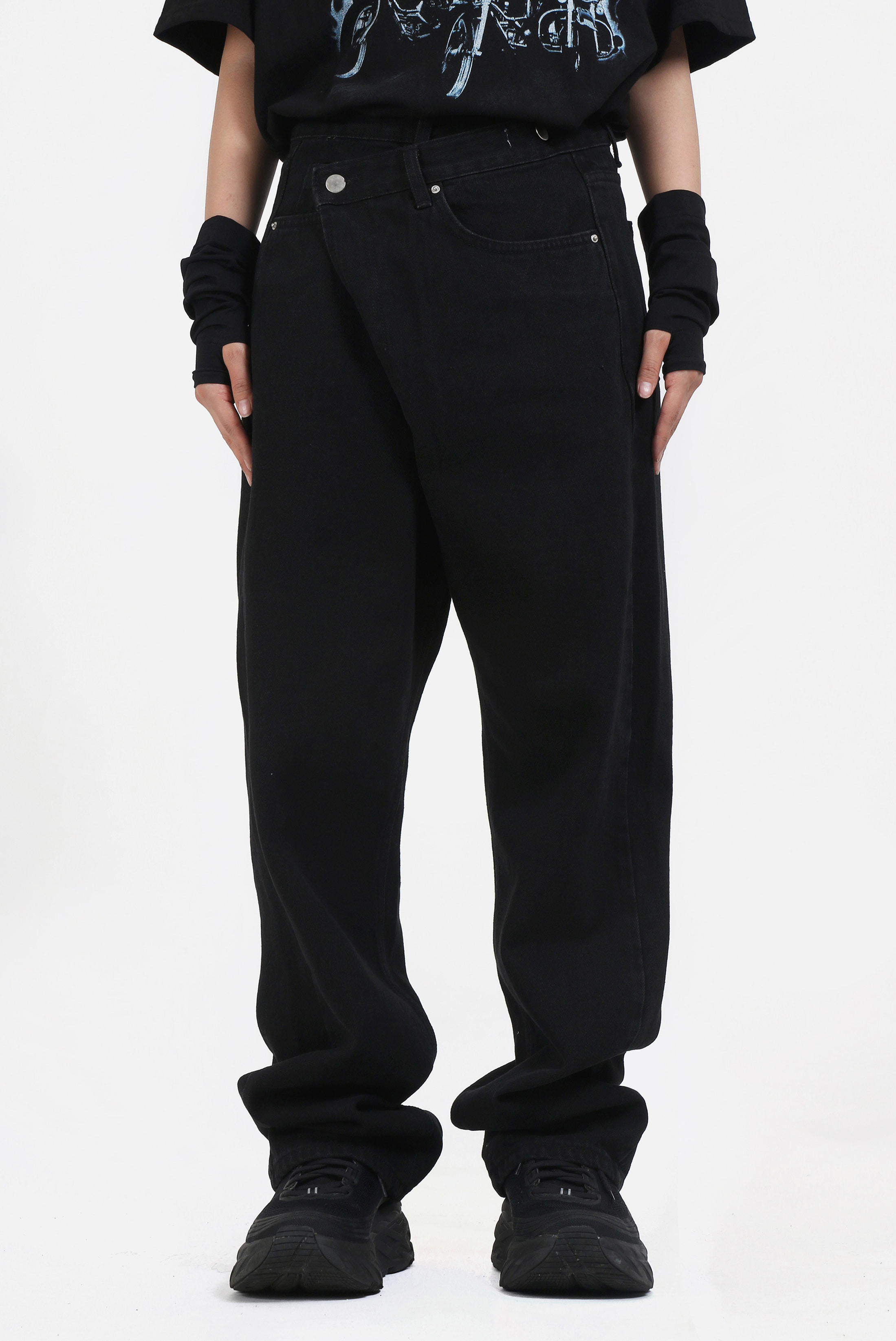 (W) Unblance_Wrap Black Pants