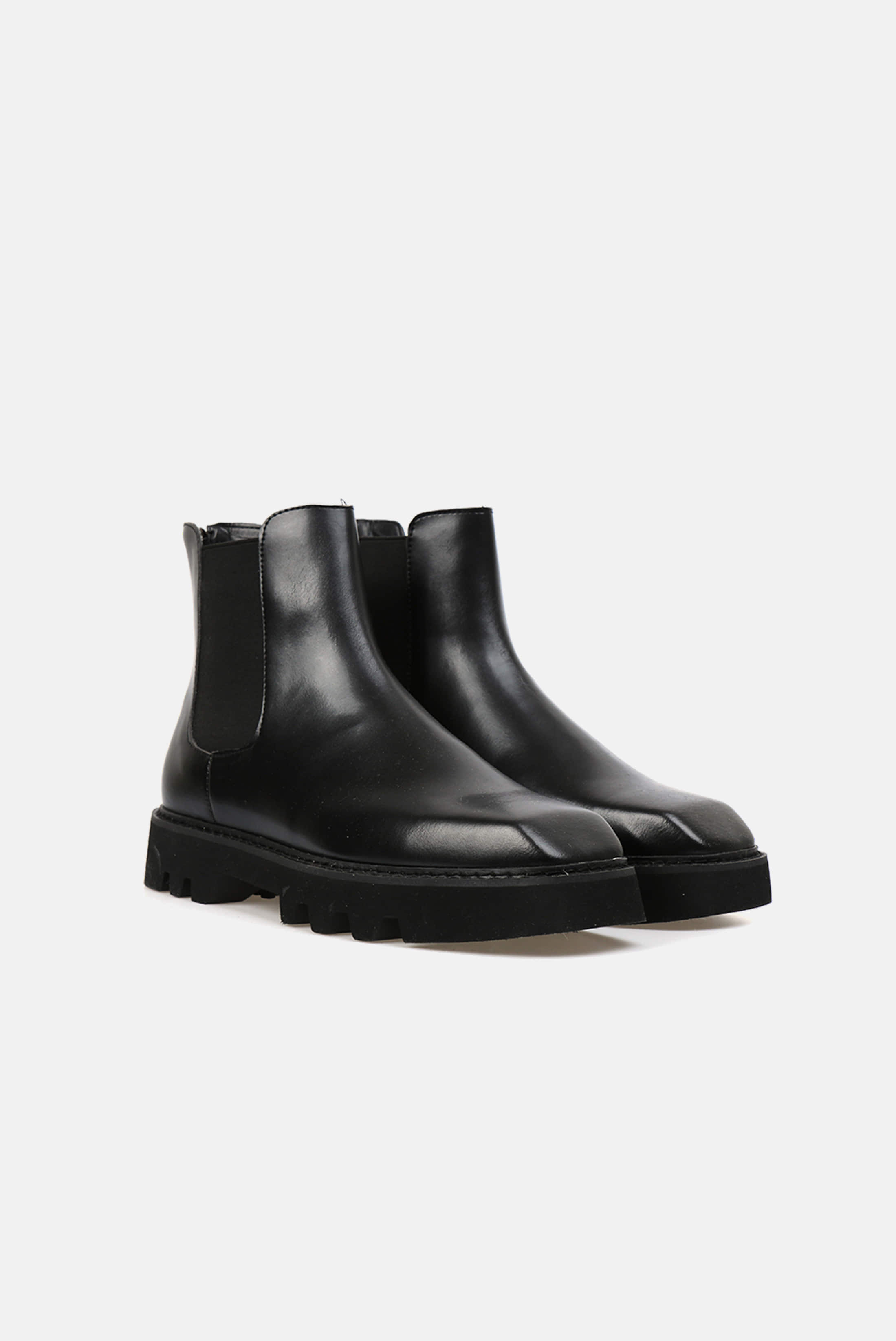 Square Toe Cowskin Chelsea Boots