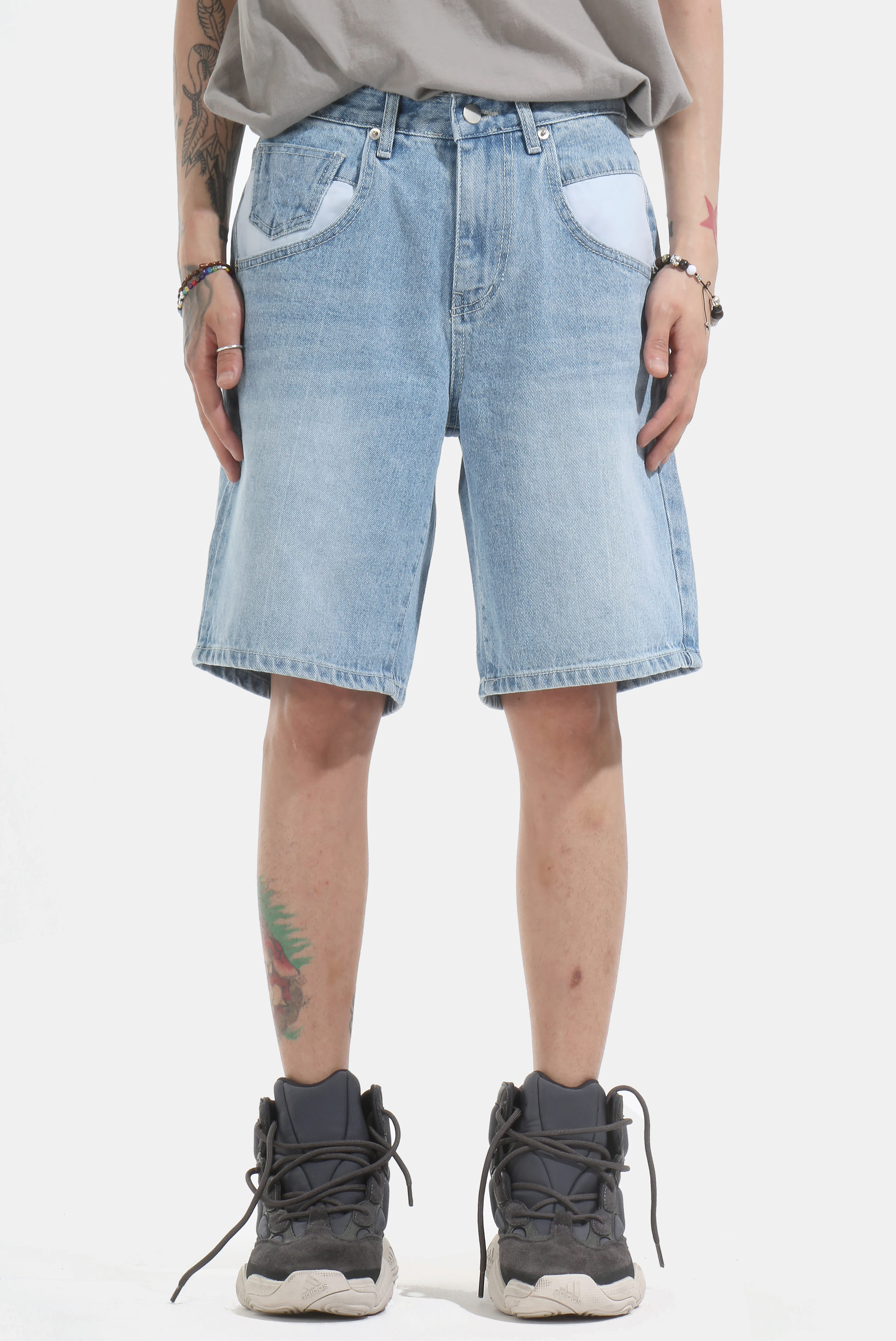 Contrast_Poket Half Denim_Pants