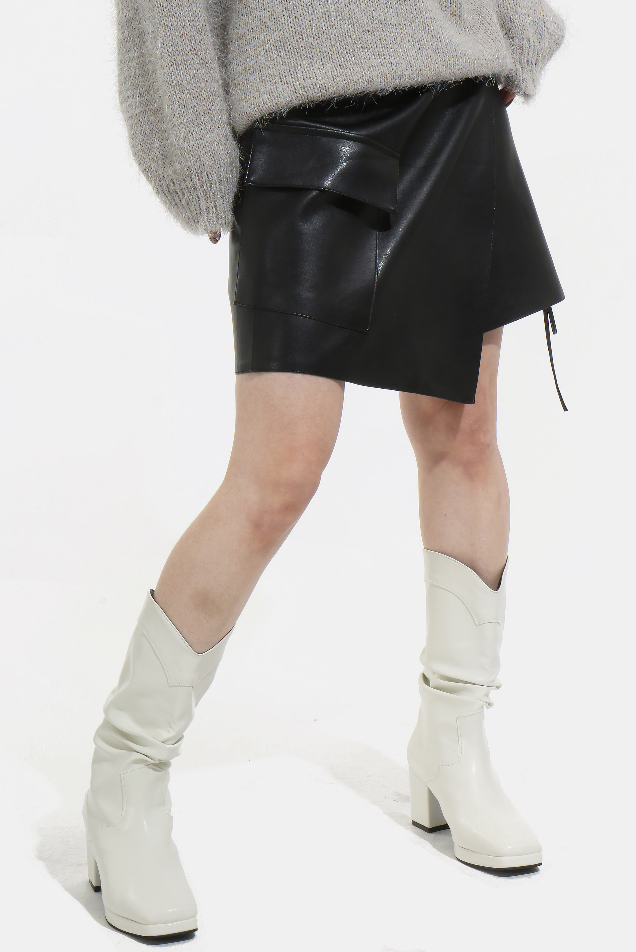 (W) Leather_Rap String Skirt