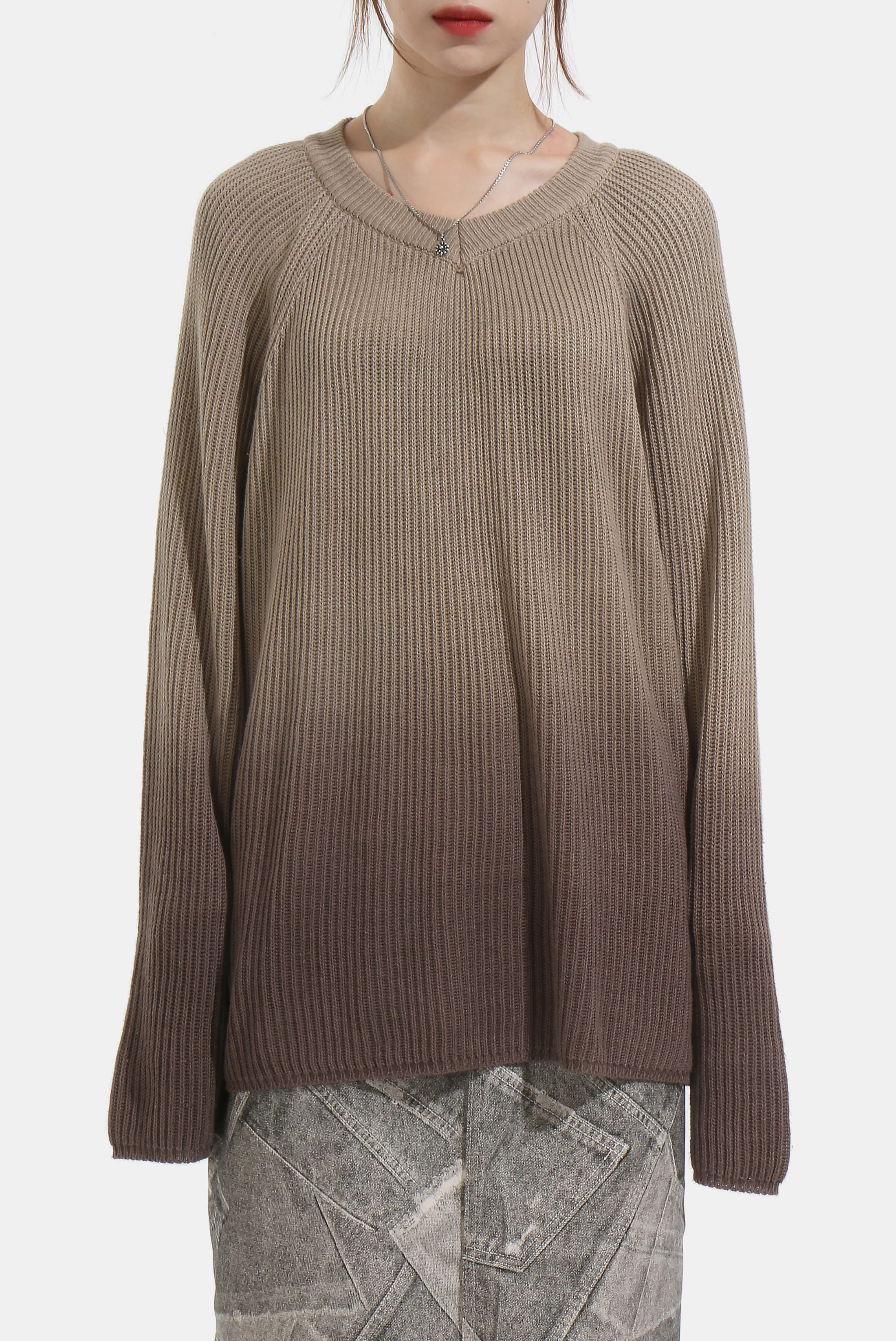 (W) Oversize V_Neck Gradation_Knit