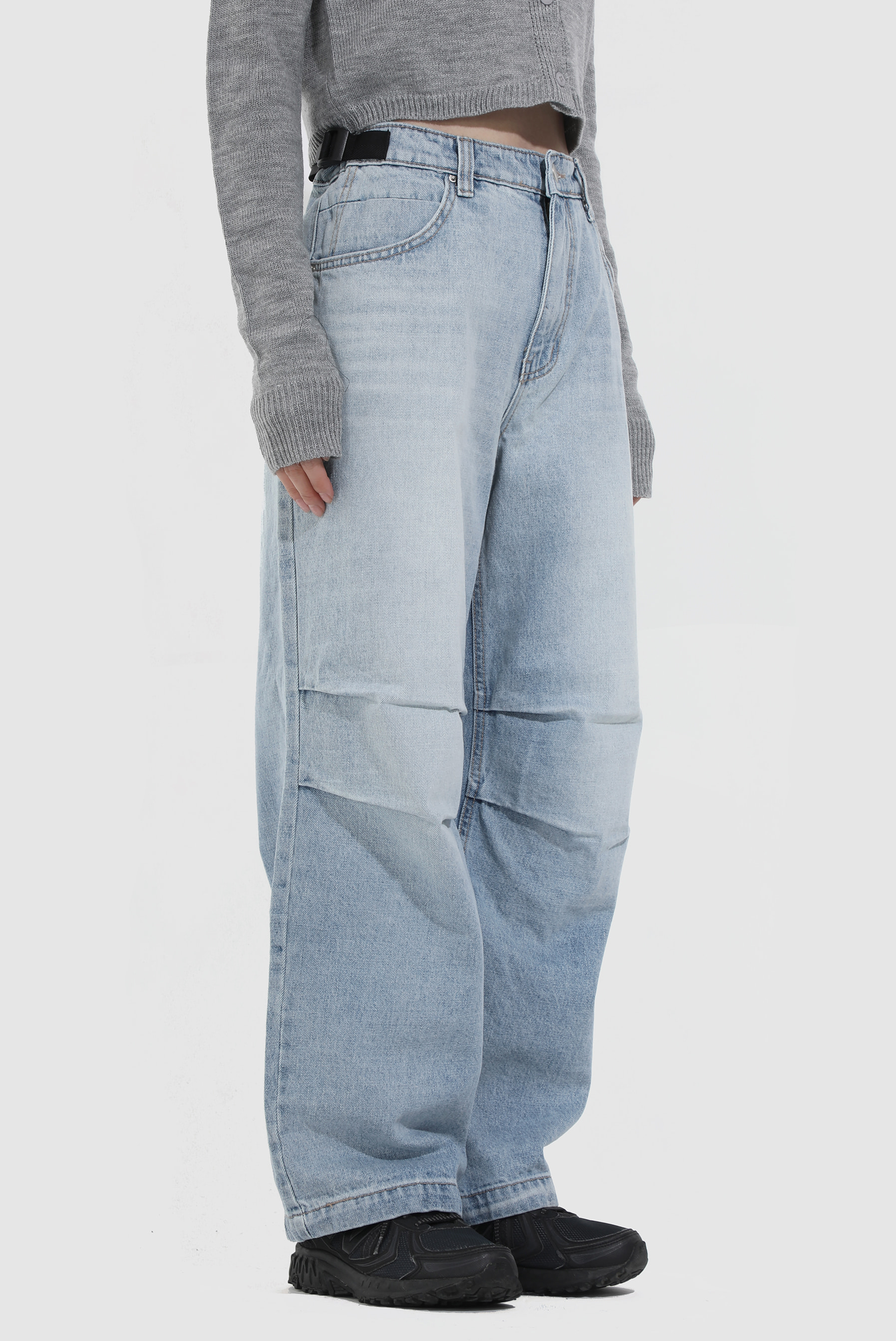 Belt_Strap Tuck Denim_Pant