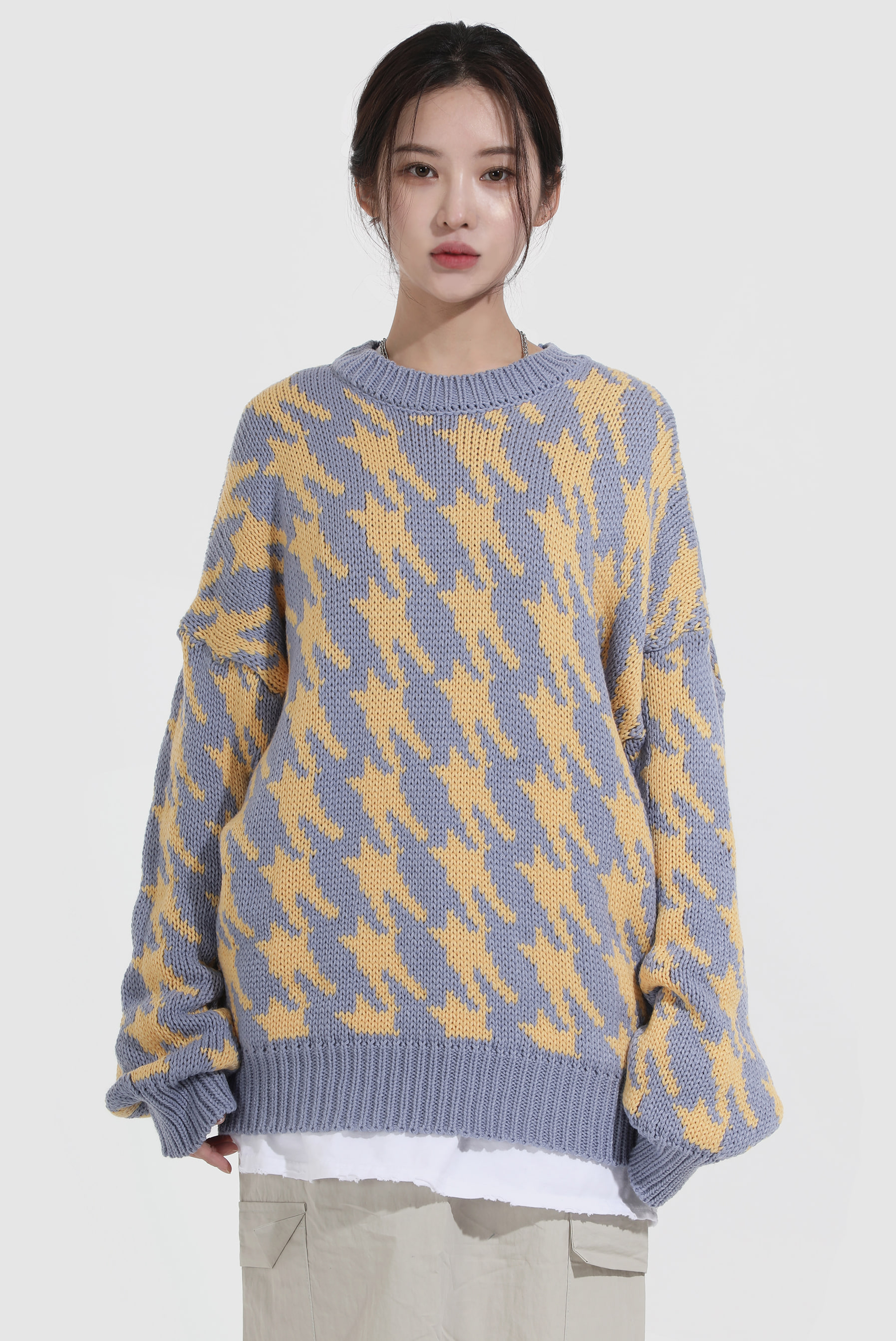 Vane_Shape Over Knit