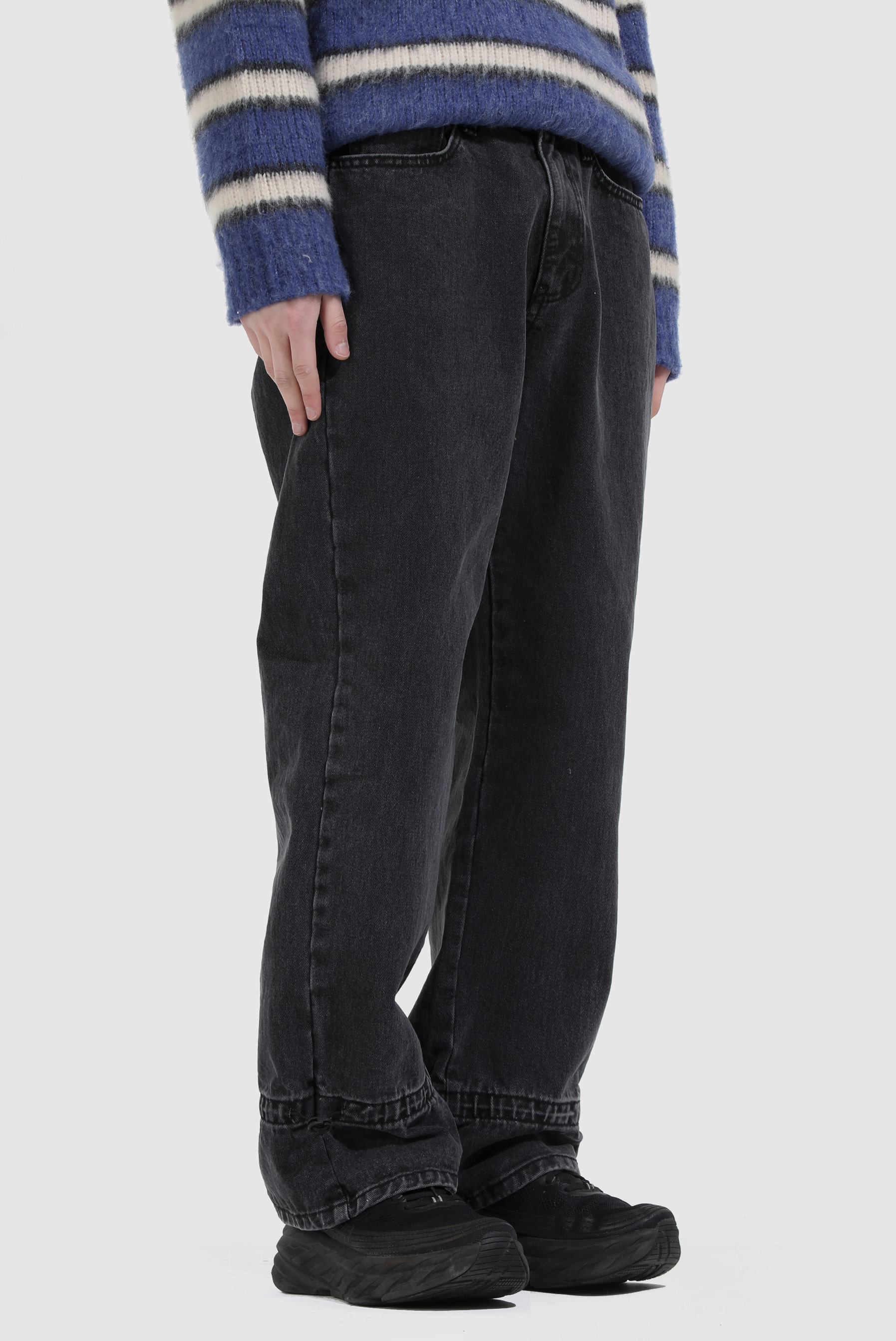 Stopper_String Black Jean