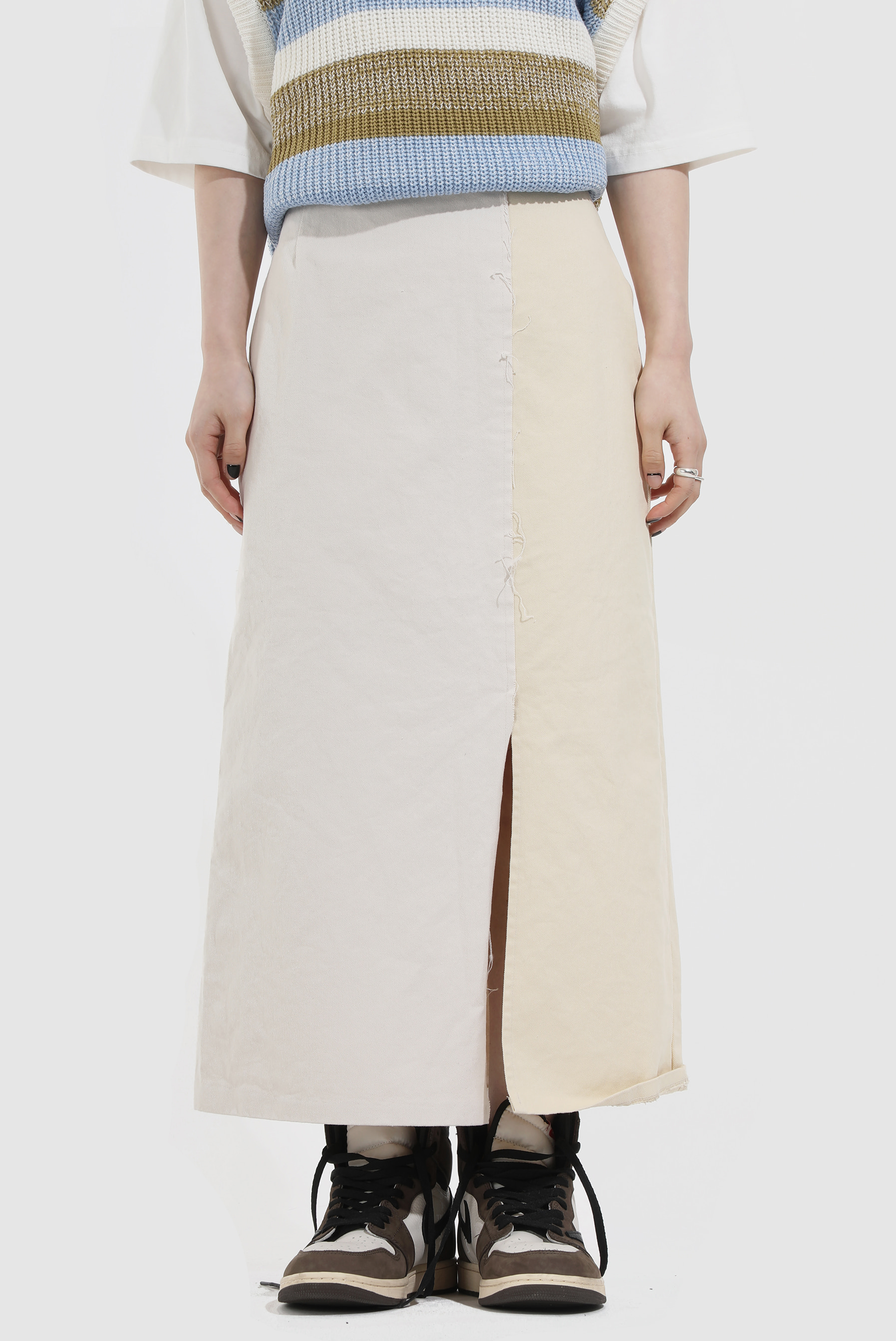 Two_Tone Raw Long_Skirt