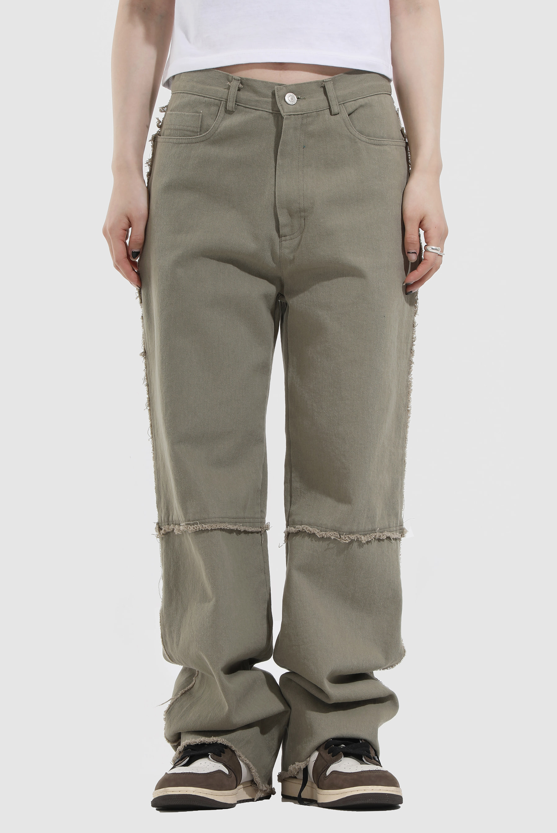 Side_Edge Loukie_Pants