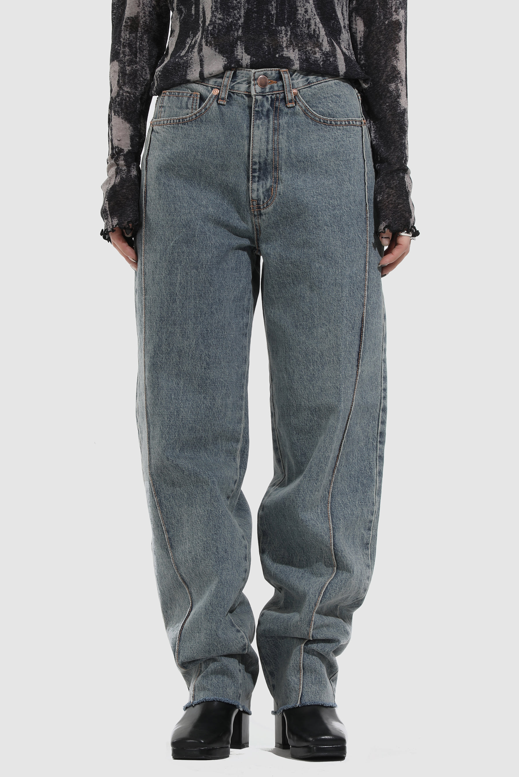 Signature_Pin Tuck Denim_Pants